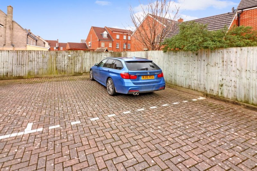 Images for Worle Moor Road, Weston-Super-Mare - GARAGE & 2 PARKING SPACES EAID:AshleyLeahy BID:Ashley Leahy Estate Agents