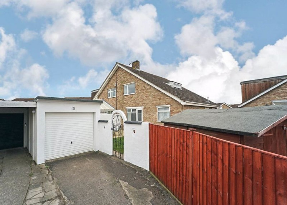 Images for Robin Close, Worle - ROOMY CHALET STYLE SEMI EAID:AshleyLeahy BID:Ashley Leahy Estate Agents